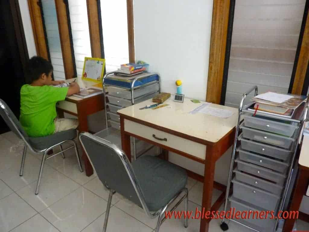 Kids' Working Stations