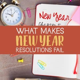 New year is coming soon and we might be in the holiday atmosphere now. People make resolutions with positive thinking and enthusiasm, but many of the points fail in the middle of the year. What makes New Year resolutions fail? #NewYear #NewYearResolutions #Holiday