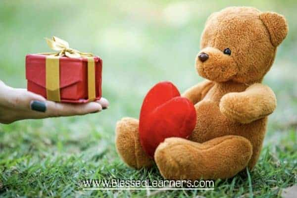 Tips and Ideas for Choosing Family Friendly Valentine Gifts