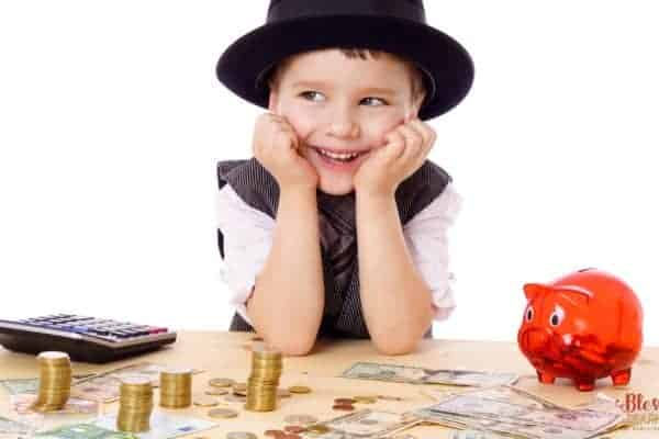 10 Money Lessons Every Child Should Learn