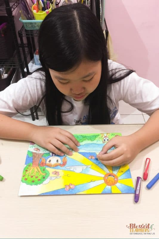 There are many ways to teach and learn the visual arts. If your children love social subjects, here is the article you will need to read. Today, I would like to share some tips about how to teach Arts to the social study lovers.