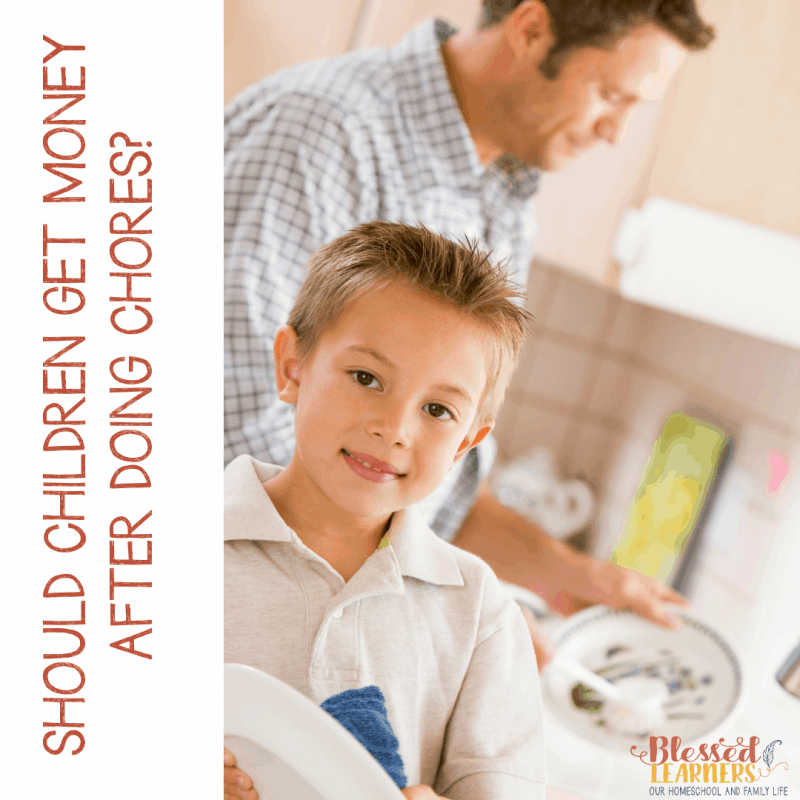 Should Children Get Money After Doing Chores? Today I am giving away an allowance chore chart and a chore incentive tracker to help you more consistent in giving children allowance after doing chores. #Printable #Parenting #ChoreAllowance #IncentiveTracker